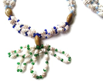 Vintage HIGBEE'S Cleveland Faux Lariat Hawaiian Shell Lei and Art Glass Necklace