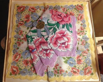 Vintage NIP Pair Swiss Type Scallop Floral Handkerchief Gift Box