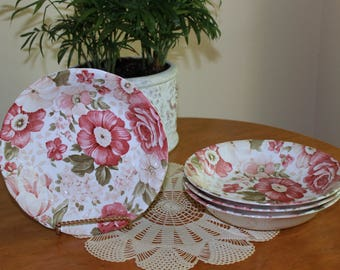 Set of Four English Cottage Pink Floral Flower Nikko China Scalloped Cereal Soup Bowls