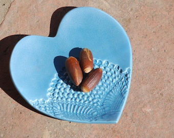 Turquoise Heart-shaped dish. Trinket, spoon rest, soap dish, ornament