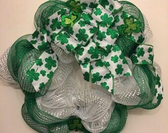 Green & White All Clover