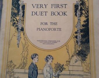 Junk Journal/vintage/antique/music book