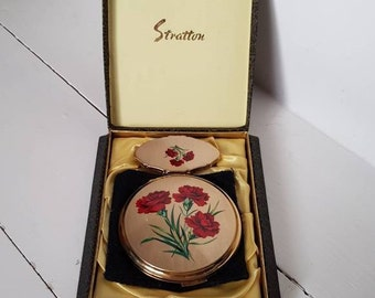 Vintage Gold Floral Compact Mirror & Lipstick Holder by Stratton. Gently Used. Comes Boxed