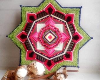 Desert Flower - Yarn Mandala Ojo De Dios God's Eye - Woven Wall Hanging 27 cm, Cafe Spa Yoga Meditation Home Interior Decor