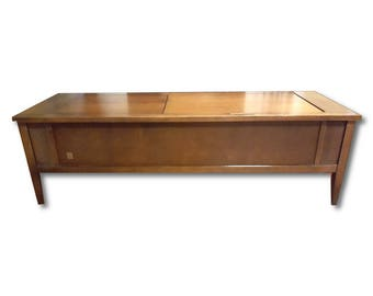 Coffee Table MCM Stereo Console with New Turntable | BLUETOOTH | Modern Electronics | 200 watt AMP | New Turntable