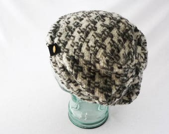 Toque, Slouch Hat, Charcoal Gray, Beanie, White, Women's Hat, Boho Hat, Gift 4 Her, Slouchy Hat, Cozy Hat, Winter Hat, Abstract, Houndstooth