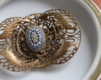 Vintage Art Nouveau Revival Brass Filigree Pin