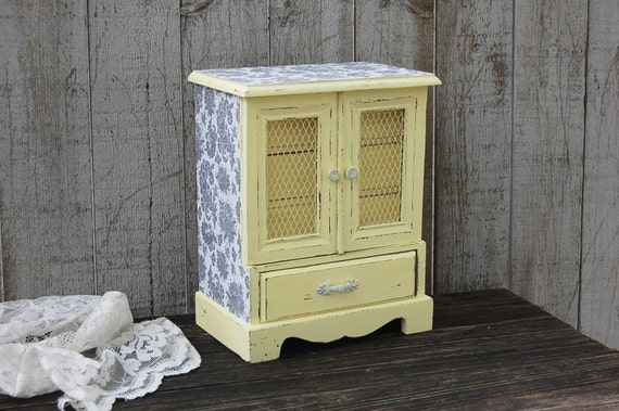 Jewelry Box Music Box Shabby Chic Yellow Grey Hand