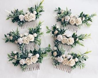 White flowers hair comb, bridal floral cpmb, white and green clip, leafy comb, floral hair clip, white flowers hair clip, wedding comb