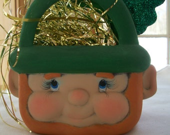Leprechaun ceramic novelty bag,St Patrick's day decoration