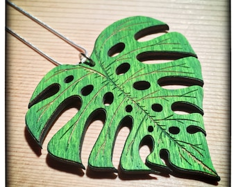 Monstera/ Cheeseplant Leaf Necklace: Wooden Handpainted