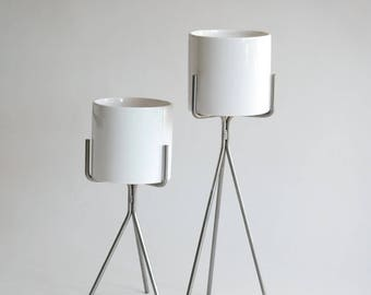 Plant Stand with Pot