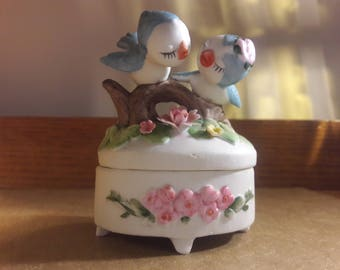 Blue Lovebirds, trinket box