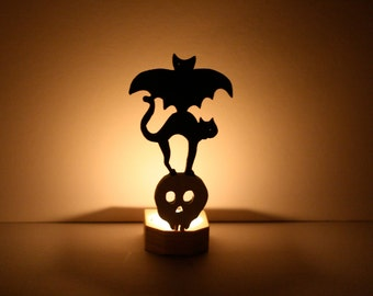 Halloween Candle Holder - Halloween Wooden Animal Totem Candle Holder  - Bat Cat and Skull Candle - Spooky Halloween Decor