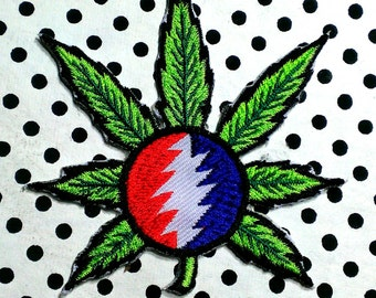 Iron-On ''Grateful Dead Steal Your Face'' Embroidered Patch 3''X 4''