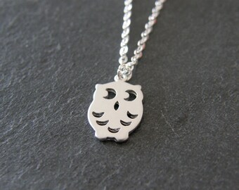 Silver Owl Charm Necklace, Simple, Modern, Everyday, Gift for Her, Mom Gift