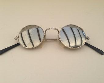 Lennon glasses | Vintage | 1990s | Sunglasses | Silver frame | Mirror effect | Round shape