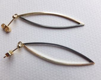 Silver and 9 carat gold dangle earrings
