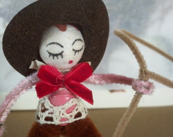 Vintage Style / Pipe Cleaner Cowgirl Figure / Vintage Craft Supplies / Vintage Spun Cotton Head / Flocked Cowboy Hat / Lasso