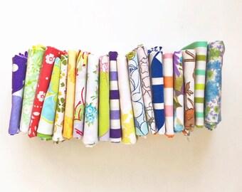 Vintage Sheet Fat Quarter Bundle - Surprise Grab Bag - Upcycled Vintage Fabric - Random Assortment  - Set of 20