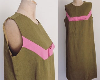 1960's Pea Green & Pink Bow Linen Tent Dress Plus Size XL by Maeberry Vintage