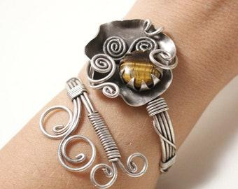 Tigers Eye Bracelet Women, Tigers Eye Jewelry, Wire Wrapped Bracelet, Cuff Bracelet Women, Statement Cuff Bracelet, Gemstone Cuff Bracelet