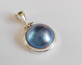 Balinese sterling silver blue Mabe Pearl Pendant / silver 925 / Bali handmade jewelry / (#270K)