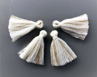 4 pompons threads 2.5 cm off-white and gold