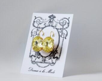 Pale Yellow Earrings, Georgian Earrings, Paste Glass Earring, Regency Earring, Rococo Earring, 18th Century Jewelry, Light Yellow Crystal