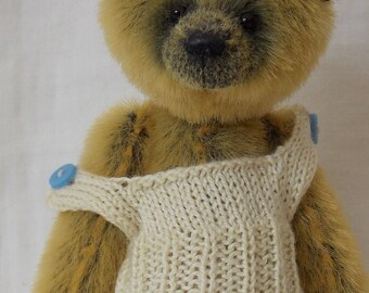 Vest knitting pattern for a miniature teddy bear e-pattern