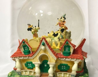 Disney Mickey Mouse Dreaming Snow Globe Musical When You Wish Upon A Star Vintage Retired