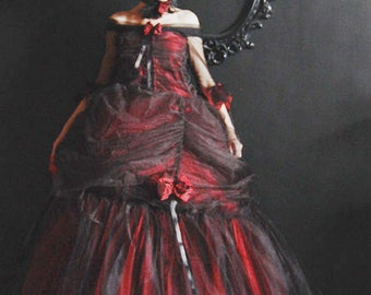 Rococo dress black red