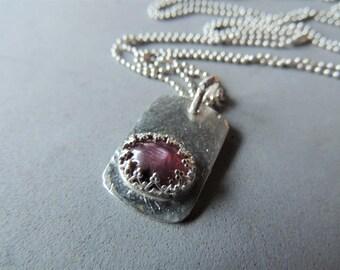Collier en argent sterling, argent ID Tag collier, Collier Rubis étoile, gras lunette de bijoux, bijoux artisanaux, pierres précieuses, bijoux d'été