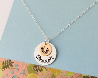 Personalized Mom Necklace, Sterling Silver Mom Necklace, Mom  Necklace, Baby Feet Necklace, New Mom Necklace