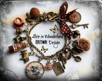 Alice in Wonderland bracelet, Cheshire Cat bracelet, Wonderland Fan, Alice in Wonderland gift, Wonderland Jewelery