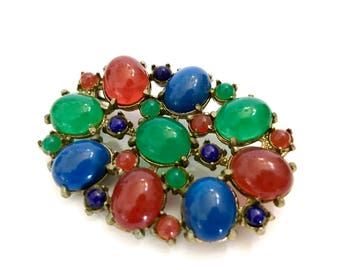 Multi-Color Glass Oval Brooch, Large Oval & Small Round Carnelian Lapis Jade Glass Cabochons, Gold Tone, Mid Century, Vintage Gift for Her