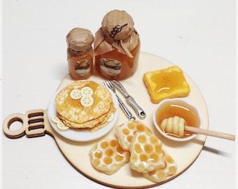 Diorama crep with honey