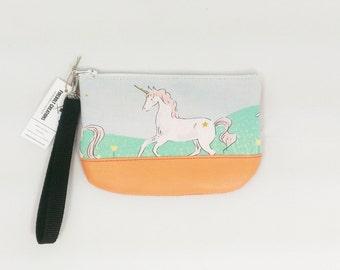 Unicorn Wristlet Unicorn lover gift Small Wristlet Purse unicorn birthday little girl purse unicorn party favor unicorn gift ideas for her