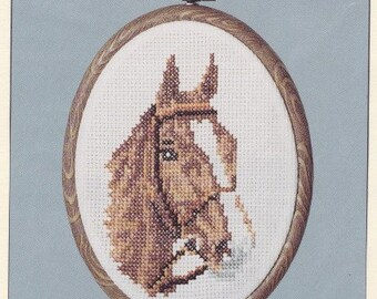 Helen Burgess Counted Thread Design. HOOP and FRAME CHART. Horse with Bridle Pattern. HB612.