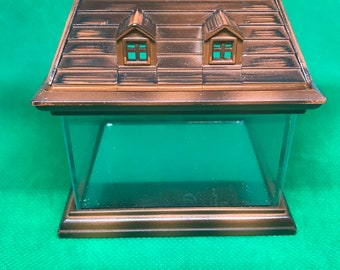 Glass and Resin House, Small Size