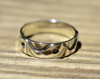 Einzigartige Wellenform Band Solid Silber Ring von einer freundlichen Größe 9 1/4
