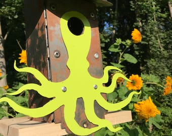 Did you see that octopus birdhouse???