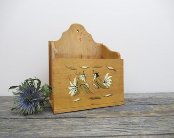 Wall Mounted Mail Holder, Fighting Roosters, Kitchen Organizer, Wall Pocket, Country Kitchen