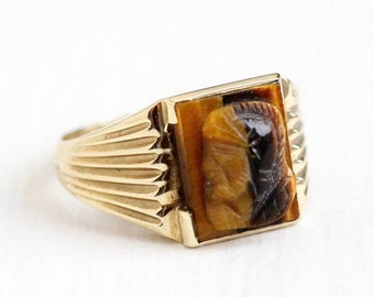 Sale - Vintage Cameo Ring - 10k Yellow Gold Tiger's Eye Mid Century 1950s - Size 5 1/2 Roman Warrior Soldier Fine Brown Carved Gem Jewelry