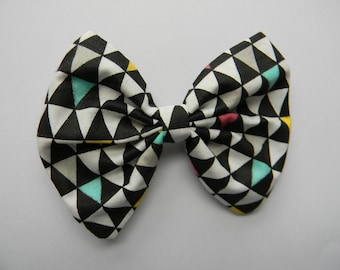 Triangle Pattern Fabric Hair Bow