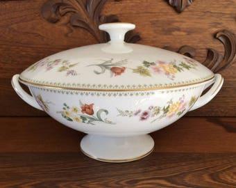 WEDGWOOD MIRABELLE  Covered Serving Bowl  - Covered Vegetable Bowl - Wedgwood Pedestal Serving Bowl - Serving Bowl Handles
