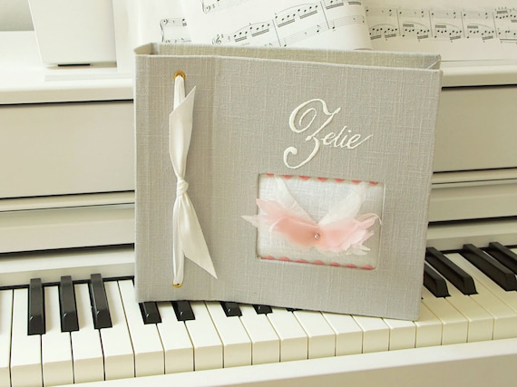 Album photo souvenirs with angel wings with your bay's name mothers' Day