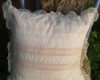 Ralph Lauren Throw Pillow Shabby Chic Beige/Cream Lace Pillow feather pillow Cottage Chic