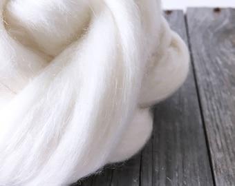 Superfine Merino Tussah Silk Blend Roving . Spinning Dyeing Supply . 4oz