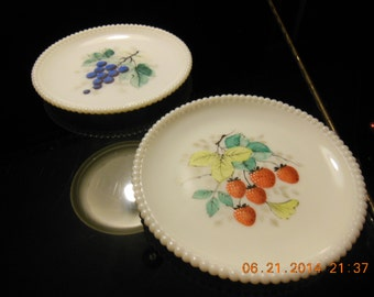 2 Vintage Westmoreland Beaded Edge Milk Glass Plates